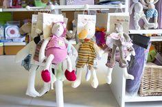(c) Vnímavé hračky, predajňa na Karadžičovej ulici