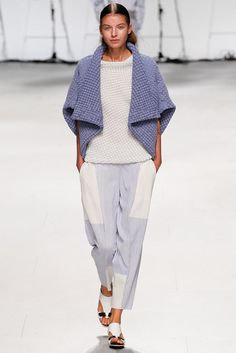 Issey Miyake Spring 2015 Ready-to-Wear - Collection - Gallery - Look 1 - Style.com