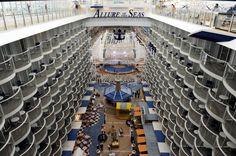 Allure of the Seas atrium