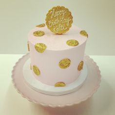 Pink and gold Polkadots birthday cake #polkadotscupcakefactory