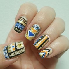 Aztec nail design from @myvaintips in instagram