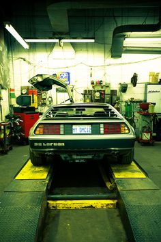DeLorean #landmarkautoinc