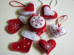 Felt christmas ornaments set of 4 heart ornaments by DusiCrafts