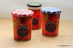 Marinierte geröstete Paprika im Glas