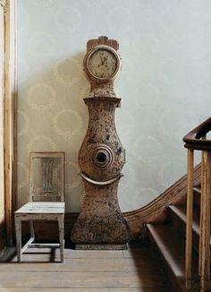 Must have this Gustavian Swedish tallcase clock!