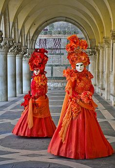 https://flic.kr/p/9nNxb3   Carnival in Venice, Italy.   Photographed in Venice, Italy. pedrolastra.com © 2011 by Pedro Lastra This image is copyrighted material as indicated!