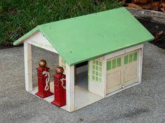 Vintage Arcade Toys Filling Station with Original Pumps