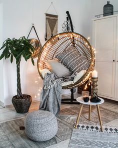 Whoa Retro home decor ideas - A big amazing retro collection on help. retro home decorating diy example and trick ref 8358731376 produced on this day 20190209 Room Ideas Bedroom, Bedroom Decor, Bedroom Swing Chair, Design Bedroom, Bedroom Inspo, Room Hammock, Hammock Chair, Living Room Chairs, Living Room Furniture