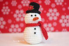 Christmas ornament: snowman crochet free pattern