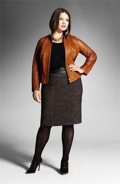 Plus Size Winter Outfits-14 Chic Winter style for Curvy Women #plussizepregnancy