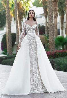 """If the words """"gorgeous long sleeve wedding dress"""" set your heart racing, you're in for a treat. Find your perfect long-sleeve wedding dress! Wedding Dress Trumpet, Wedding Robe, Long Sleeve Wedding, Wedding Dress Sleeves, Long Wedding Dresses, Bridal Dresses, Lace Dress, Dresses With Sleeves, Dresses Dresses"""