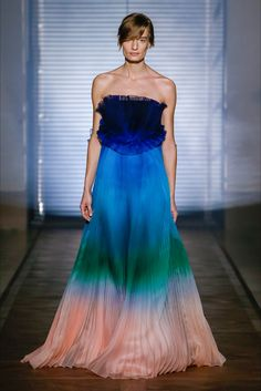 Sfilata Givenchy Parigi - Alta Moda Primavera Estate 2018 - Vogue