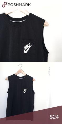 Nike Muscle Tee Like new Nike Tops Muscle Tees