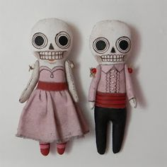 skully dollies -- wonder what I could do with these...