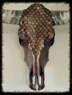 Bullets and rhinestones! Deer Skull Art, Cow Skull Decor, Sugar Skull Art, Deer Skulls, Animal Skulls, Skull Crafts, Antler Crafts, Antler Art, Painted Cow Skulls