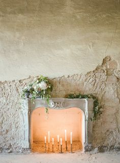 as ons binne in die chapel moet trou idee Wedding Reception Design, Wedding Details, Deco Luminaire, Photography Workshops, Interior Styling, Interior Ideas, Interior Inspiration, Colour Schemes, Interior And Exterior