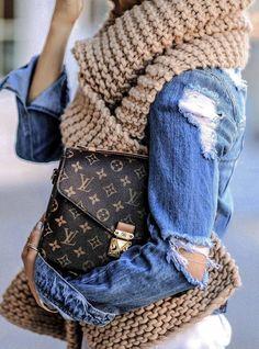 street style addiction : knit scarf + denim jacket + bag