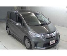 Sajjad Motors Freed 7 Seater Hybrid Dual side multimedia Cruise contro