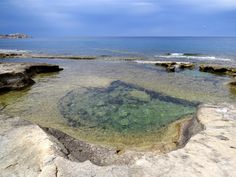Natural pool at Sliema, Malta. Essential information you need about Malta and the best places to go! #malta #travel #wanderlust