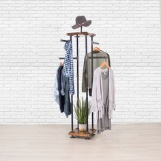 Industrial Pipe and Wood Clothes Rack Garment Rack, Clothing Rack, Closet Organizer, Clothing Storage and Display: Handmade Clothing Booth Display, Clothing Store Displays, Industrial Pipe, Industrial Style, Vintage Industrial, Retail Clothing Racks, Clothing Storage, Stand Feria, Green Furniture