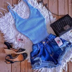 15 Casual but Cool Outfits Because You Never Know Who You Might Run Into Teenage Outfits, Teen Fashion Outfits, Swag Outfits, Cute Fashion, Outfits For Teens, Trendy Outfits, Girl Outfits, Mode Rockabilly, Trendy Swimwear