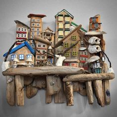 Driftwood art city❤️Victoria, B. City of Driftwood ArtVictoria, BC Painted Driftwood, Driftwood Wall Art, Driftwood Crafts, Wood Block Crafts, Wood Projects, Crafts To Do, Diy Crafts, Pottery Houses, Beach Wood