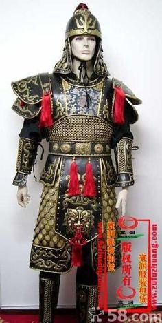 中国古代头盔上为啥都没有面甲捏???