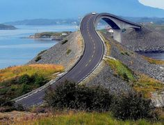 55 Most Fascinating & Weird Roads Like These Before? ... curvybridgeatlanticroad └▶ └▶ http://www.pouted.com/?p=31669