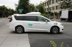 FYI: Waymo uses evolutionary competition to improve its self-driving cars Best Electric Razor, Train System, Self Driving, Taxi, Competition, Car Seats, Police, Automobile, Autos
