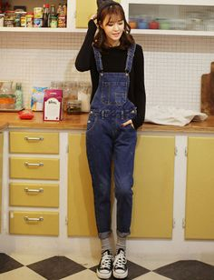 Street Distressed Detail Unique Pocket Jumpsuits For Women Ulzzang Fashion, Kpop Fashion, Asian Fashion, Overalls Outfit, Denim Overalls, Korean Outfits, Playsuits, Jumpsuits For Women, Style Me
