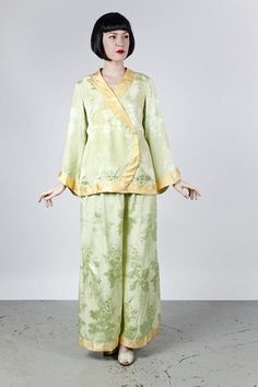 Delightful Chinese 1920s Silk Pajama Set Jacket Top Pants Superb Condition  Art Deco Floral Damask Pattern Green and Butter Yellow. Etsy 95ba8eb0c