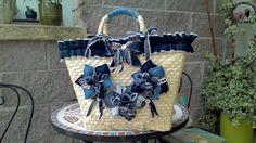 Risultati immagini per borse di paglia decorate a mano