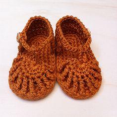 la sandale Georges safran 3 mois
