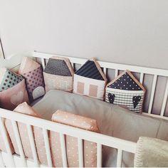 Und noch ein schönes, gemütliches Bild vom Bett mit {Häuschen - Nestchen} Im Lieferumfang enthalten  - laloeff