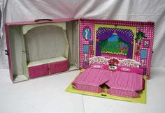 Barbie travel case 1974 I think my sister had this and it got passed down to me, I remember always playing with it!