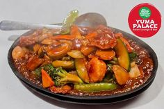 Add a tinge of excitement and exquisite taste into your Wednesdays! #Yuma #YumaPalace #AsianCuisine #AsianLounge