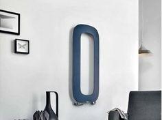 Vertical wall-mounted aluminium radiator SCHEMA LOOP | Vertical radiator - RIDEA