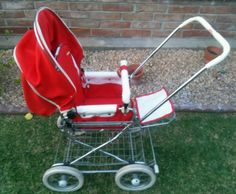 Emmaljunga Red Vintage Stroller #Emmaljunga