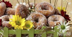ROSQUILLAS DE LECHE CONDENSADA Churros, Donuts, Bagel, Doughnut, Breakfast Recipes, Cheesecake, Favorite Recipes, Sweets, Bread