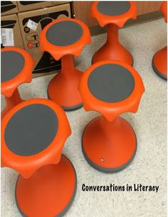 Alternative Seating & RTI Interventions- Tips for Using Alternative Seating in the classroom and at the guided reading small group table- Hokki Stools Classroom Setting, Classroom Setup, Classroom Design, Classroom Organization, Classroom Management, Classroom Environment, Future Classroom, School Classroom, Hokki Stool