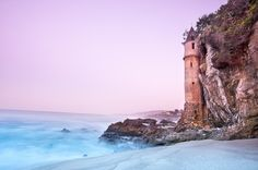 La Tour (the Tower) in Laguna Beach, California. La Tour at sunset, looking north Orange County California, California Dreamin', Disney California, Laguna Beach, Victoria Beach, Fear Of Flying, Just Dream, Architecture, Places To See