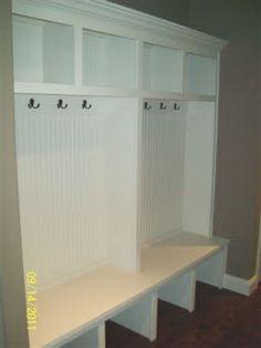 I want this :)....Mudroom
