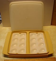 Tupperware Deviled Egg Keeper #723 Gold/Yellow w/Sheer Seal Vintage Storage Tray