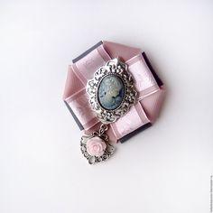 Купить или заказать Брошь орден 'La ceniza de la rosa'