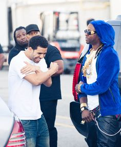 Drake and 2chainz . That guy in the background thoe lol at his face New Hip Hop Beats Uploaded EVERY SINGLE DAY  http://www.kidDyno.com