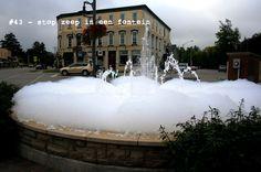 #43 - zeep in een fontein (net als de sims)