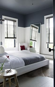 Master Bedroom Paint Colors With Dark Furniture Bedroom Paint Colors, White Bedroom, Living Room White, Wall Decor Living Room, Trendy Living Rooms, Bedroom Colors, White Rooms, White Wall Bedroom, Bedroom Ceiling