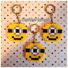Minion keyrings hama beads by Gumbo Hamas Hama Beads Jewelry, Diy Perler Beads, Perler Bead Art, Fuse Beads, Hama Beads Patterns, Beading Patterns, Minions, Pixel Art, Beading For Kids