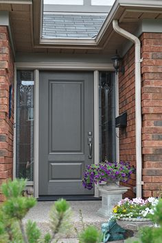 Visit our beautiful showroom in Burlington Ontario to view a selection of our custom built doors up close. We also present an online selection for your ... & what color to paint front door with red brick - Google Search | For ...
