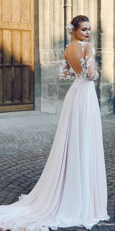 FILISI - A-line Backless Wedding Dress with Long Train 7f7afc05170f